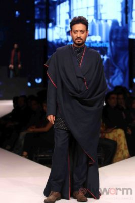 Irrfan Khan showstopper at Van Heusen GQ Fashion Nights 2017 Bollyworm (24)