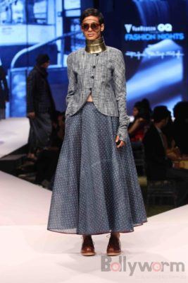 Irrfan Khan showstopper at Van Heusen GQ Fashion Nights 2017 Bollyworm (38)