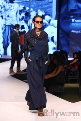 Irrfan Khan showstopper at Van Heusen GQ Fashion Nights 2017 Bollyworm (50)