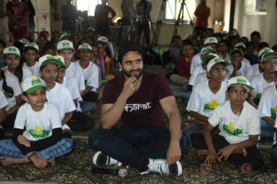 Jackky Bhagnani celebrates Children's Day with Smile Foundation kids Bollyworm (25)