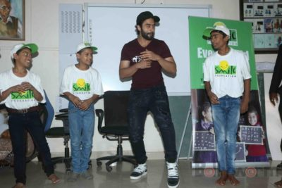 Jackky Bhagnani celebrates Children's Day with Smile Foundation kids Bollyworm (40)