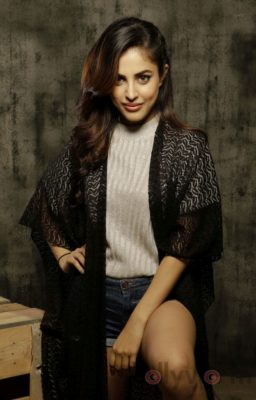 Priya Banerjee Photoshoot Bollyworm (2)
