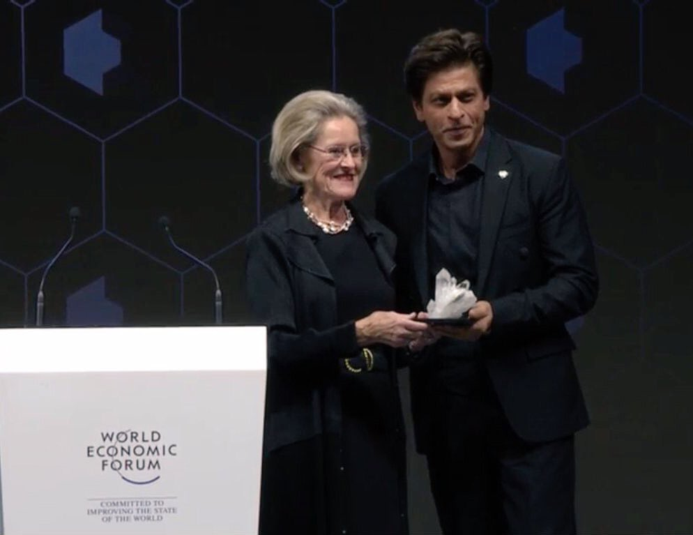 SRK receives award for human rights awareness at WEF