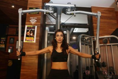 Heena Panchal Cloud9 Gym Workout Bollyworm (1)
