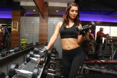 Heena Panchal Cloud9 Gym Workout Bollyworm (5)