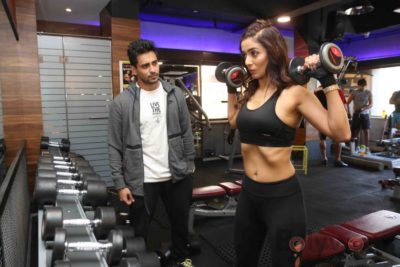 Heena Panchal Cloud9 Gym Workout Bollyworm (7)