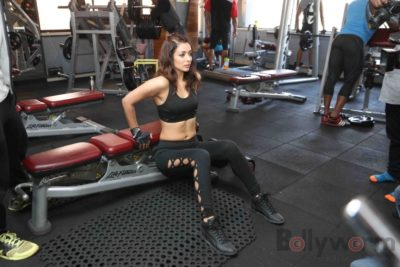 Heena Panchal Cloud9 Gym Workout Bollyworm (8)