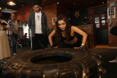 Heena Panchal Cloud9 Gym Workout Bollyworm (9)