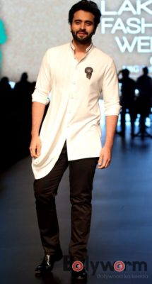 Lakmé Fashion Week_Bollyworm (10)