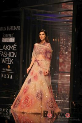 Lakmé Fashion Week_Bollyworm (17)
