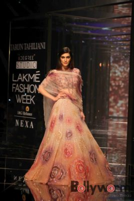 Lakmé Fashion Week_Bollyworm (18)