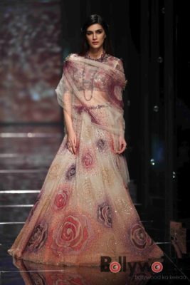 Lakmé Fashion Week_Bollyworm (19)
