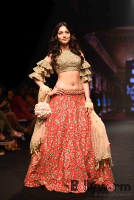 Lakmé Fashion Week_Bollyworm (21)