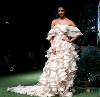 Lakmé Fashion Week_Bollyworm (25)