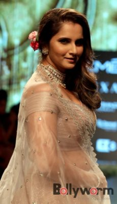 Lakmé Fashion Week_Bollyworm (3)