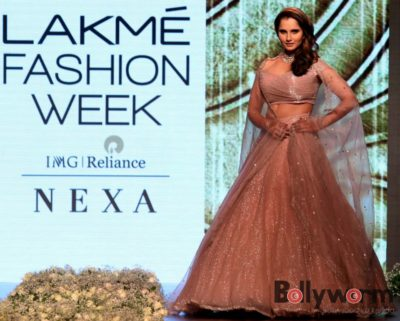 Lakmé Fashion Week_Bollyworm (4)