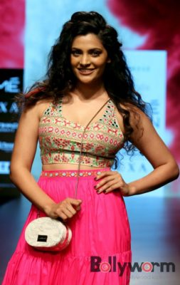 Lakmé Fashion Week_Bollyworm (6)