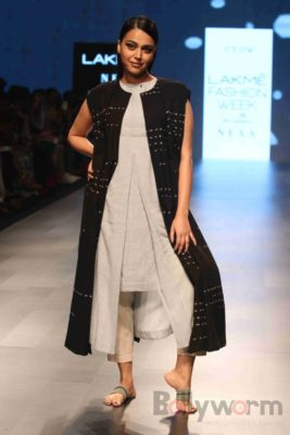 Lakme Fashion Week_Bollyworm (27)
