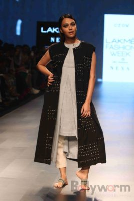 Lakme Fashion Week_Bollyworm (29)