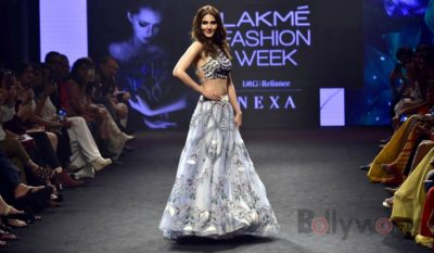 Lakme Fashion Week_Bollyworm (7)