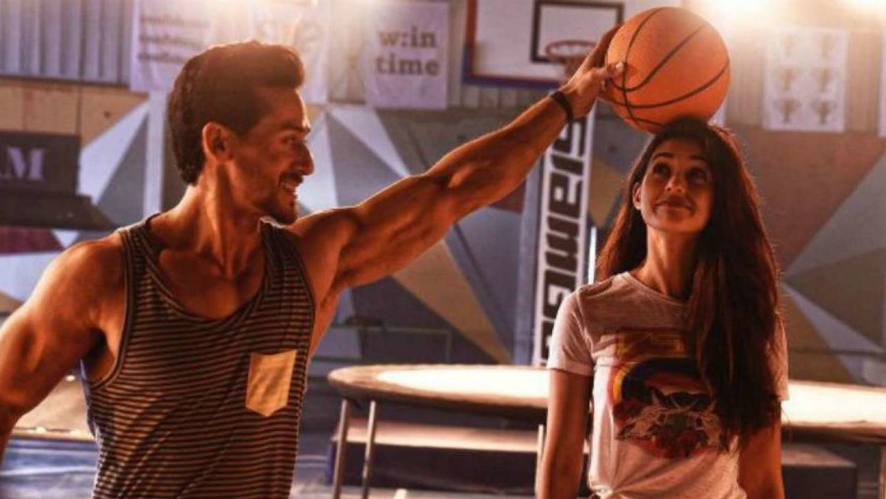 Baaghi 2 earns record 25.10 cr on opening day
