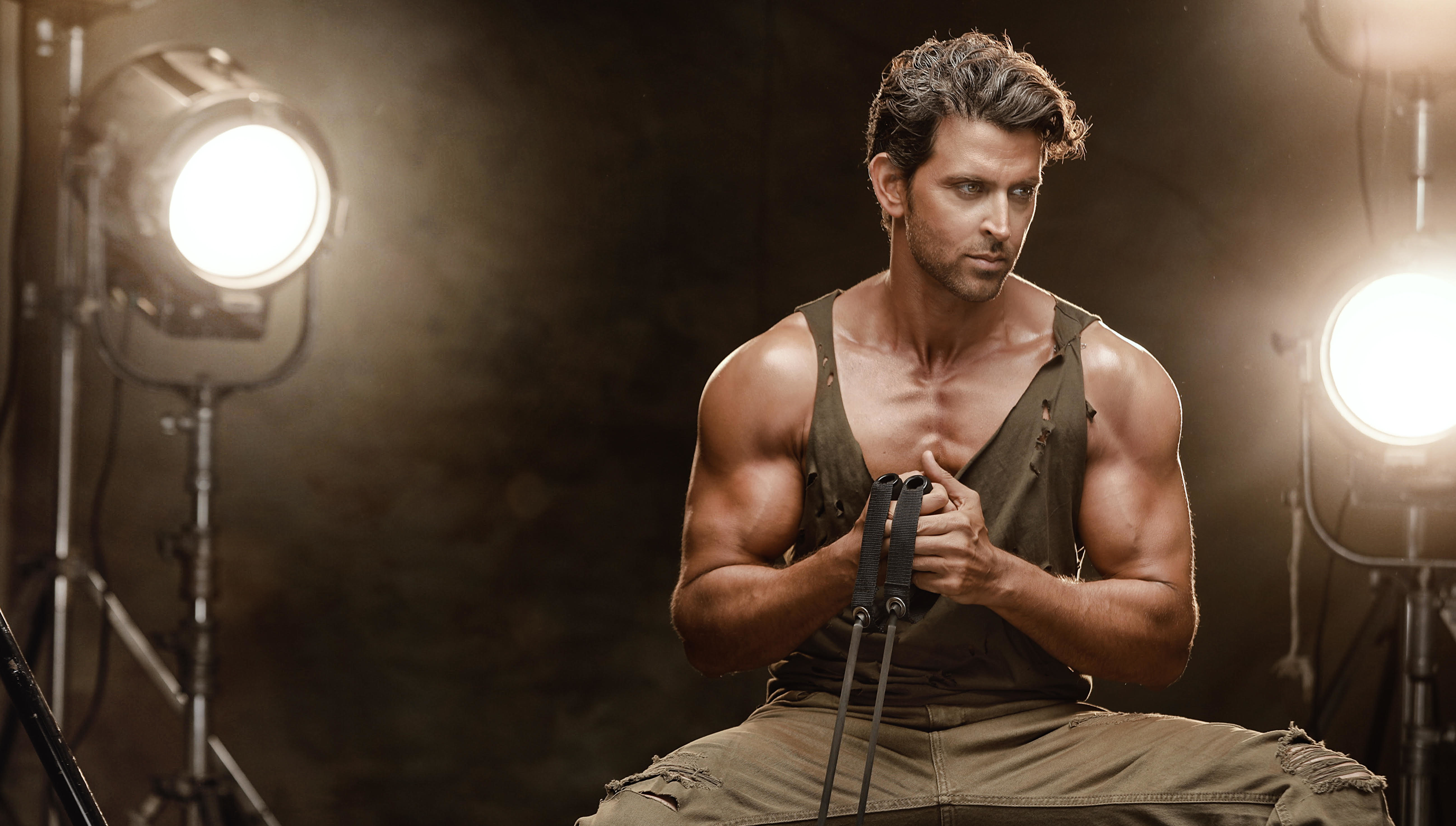 Hrithik Roshan Says No To Weight Training For His